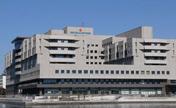 横浜市立みなと赤十字病院 図書室